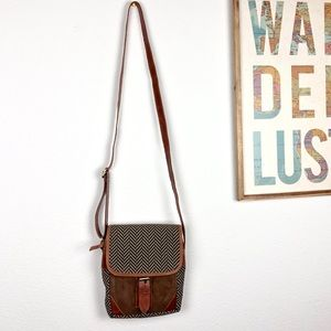 Vaan & Co Leather Messenger Crossbody Brown Bag